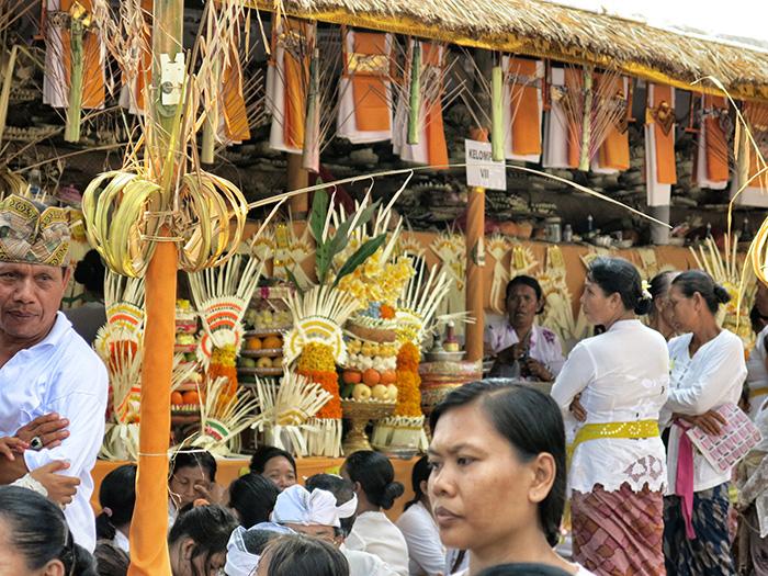 Reisetipps-Bali-Zeremonie1