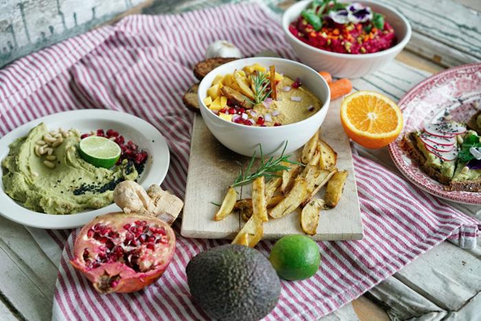 Dreierlei-Hummus