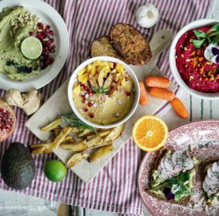 Dreierlei Hummus • Avocado • Rote Bete • Mango #vegan