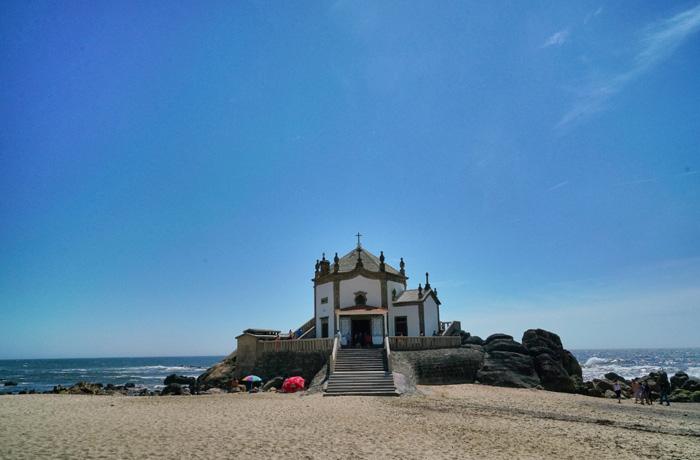 Kirche-im-Meer