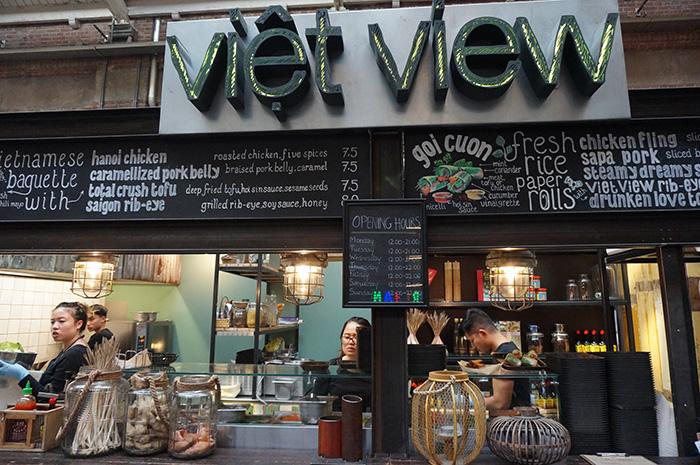 Amsterdam bei Regen-Vietnamesische-Koestlichkeiten_Foodhallen
