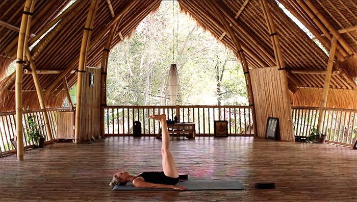 Yoga auf Reisen-Viparita-Karani