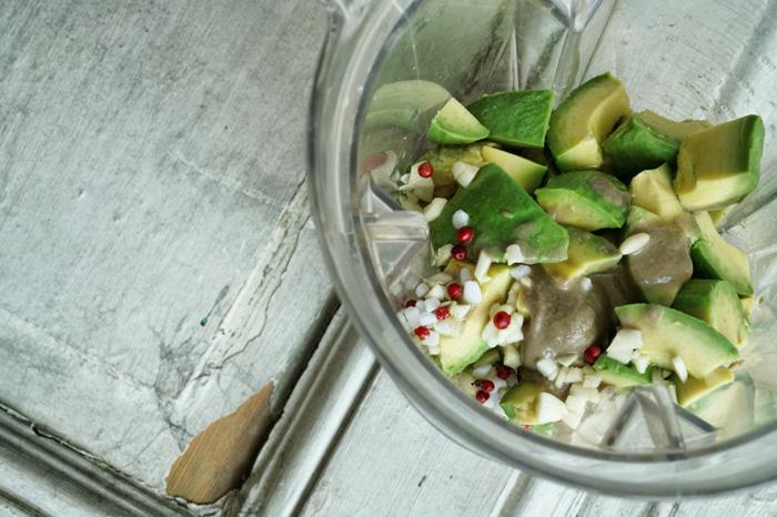 Zubereitung-Avocado-Hummus