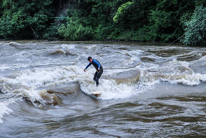 5-Citybeach_surfer