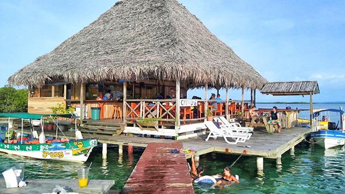 bocas-del-toro-beachclub