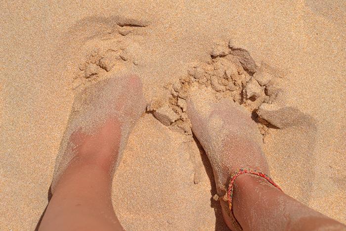 Fuesse-im-Sand