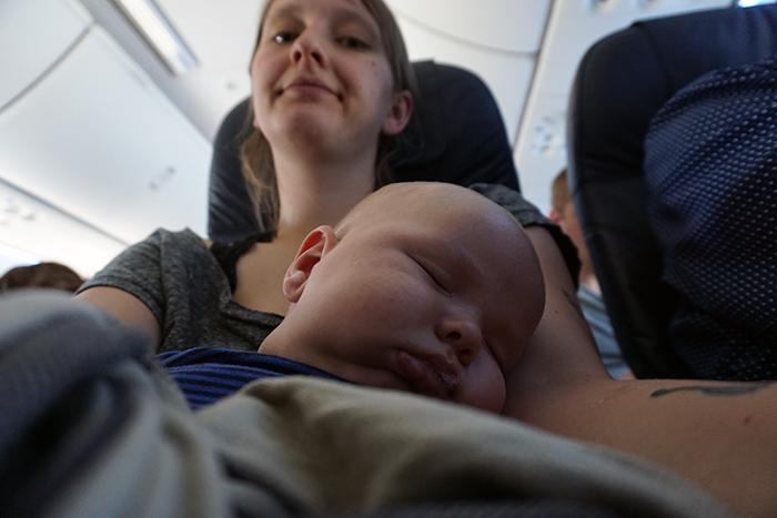 Kalle im Flugzeug