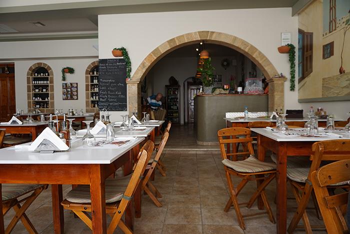 Lindos-Marias-Taverna.JPG-
