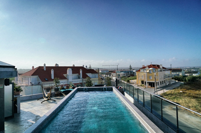 Pool-Surfer-Lodge-Peniche