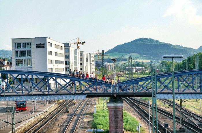 Blaue-Brücke-Freiburg