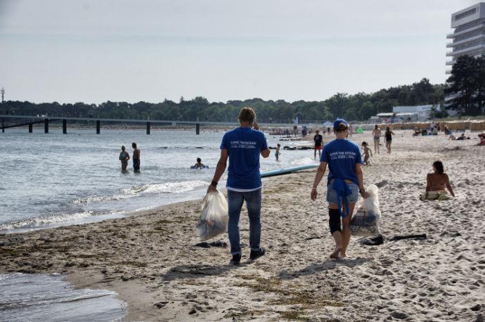 Beach Clean-Up Davidoff
