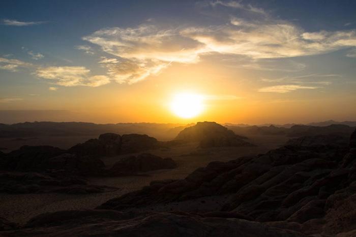 sunset-wadi-rum - jordanien reisetipps