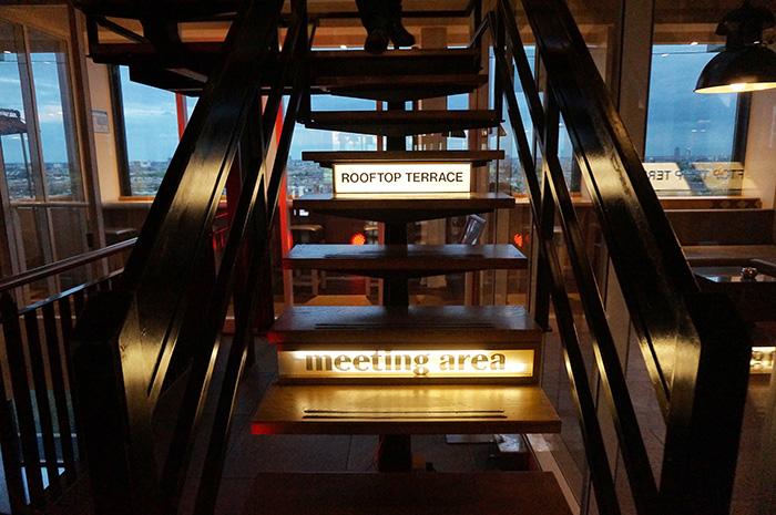 dachterrassen-in-amsterdam-floor17-treppe
