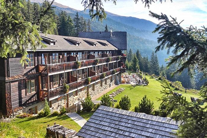 dolomiten-hotel-rosalpina-dolomites-aussenansicht