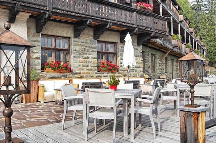dolomiten-hotel-rosalpina-dolomites-terrasse