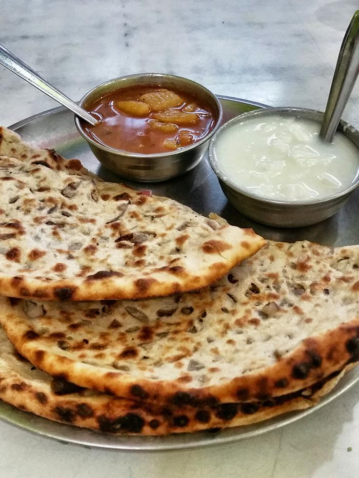 indisches-breakfast-parathas
