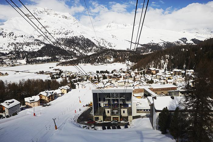 nira-alpina-skylift