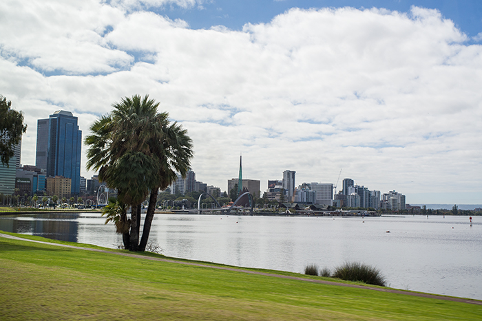 perth_waterfront_lauradrosse