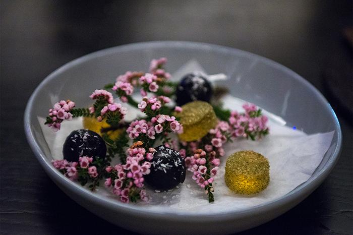 perth_whiskey_gums_flowers_dessert