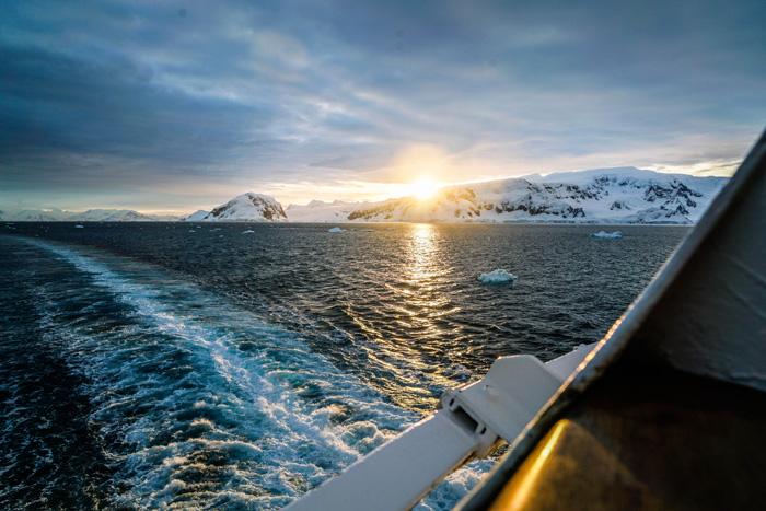 sonnenuntergang-antarktis