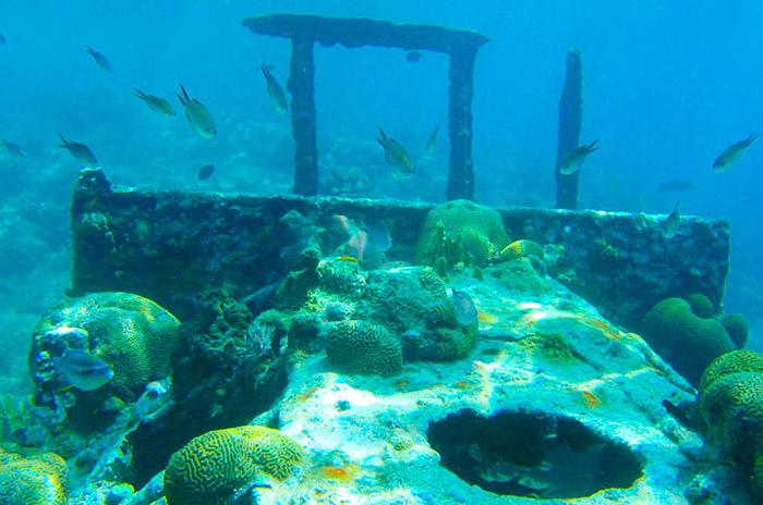 Curaçao-Aktiv-Urlaub-Schnorcheln-Tugboat