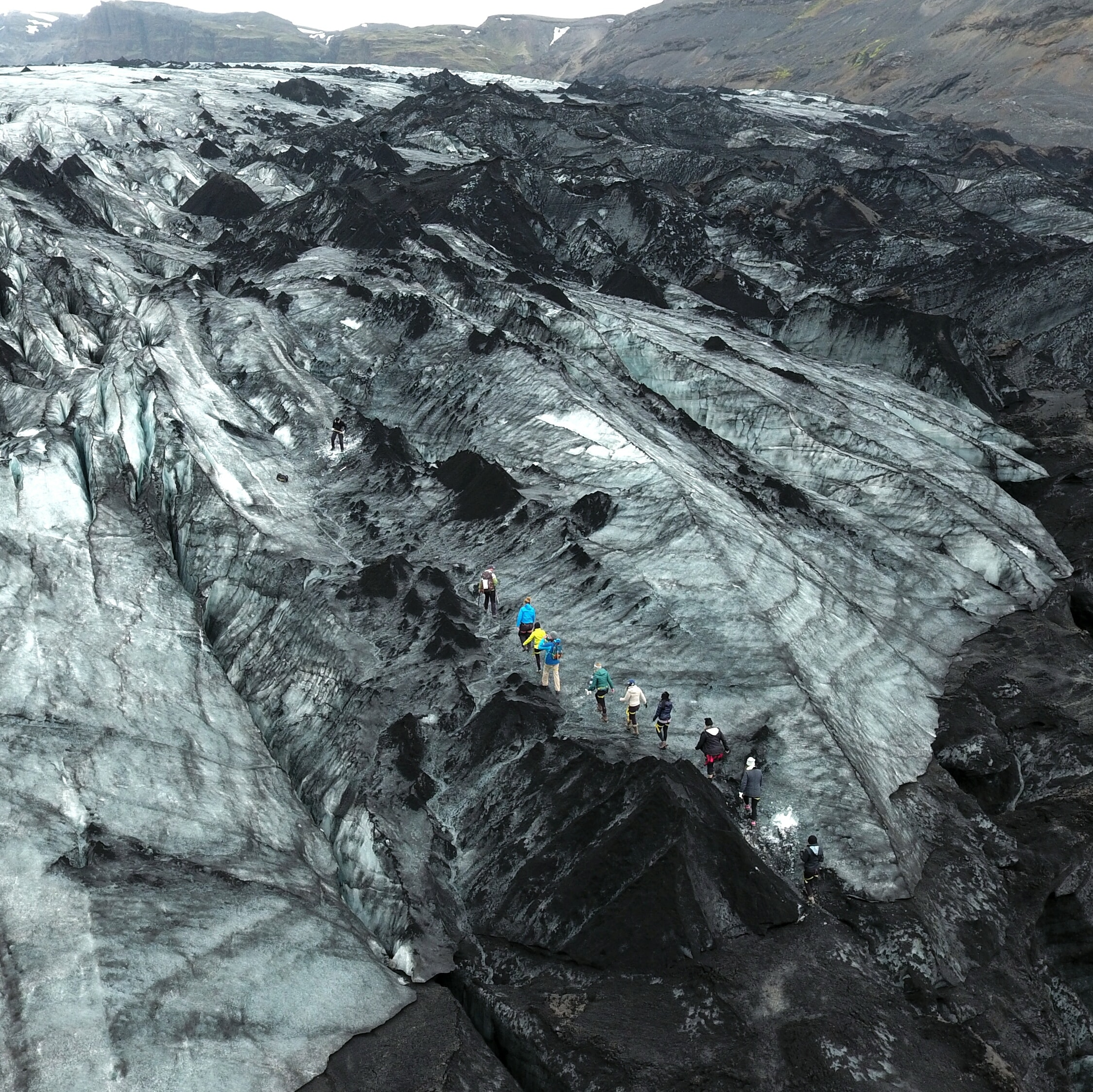 glacier-expedition-on-solheimajokull-2