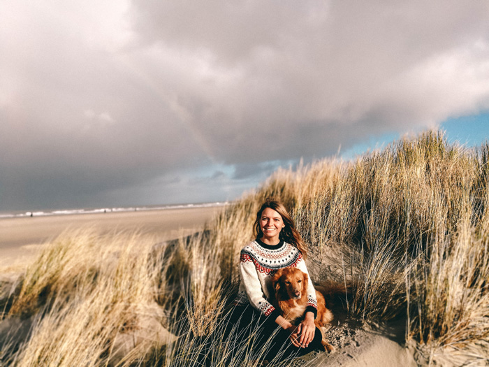 Christine-Neder-Dünen-mit-Hund