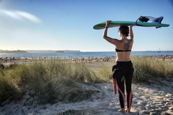 Am Strand des Pure Surfcamp