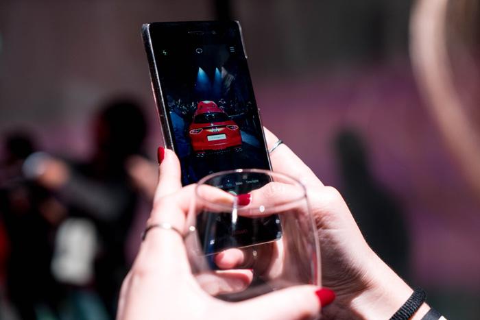 Smartphone-Kia-Stinger