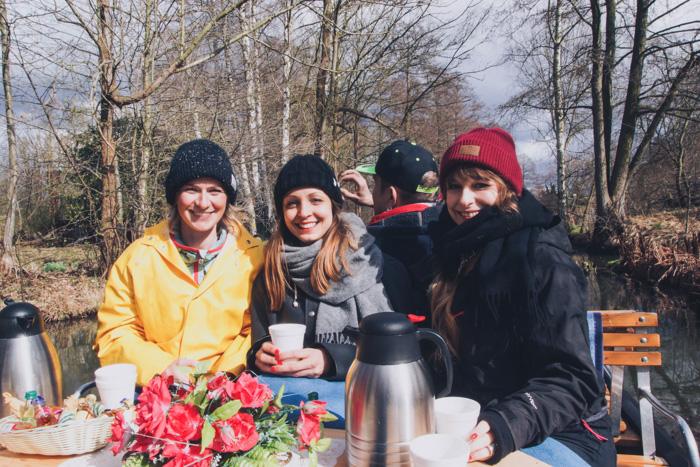 Gesa und Nadine und Laura von Lilies Diary