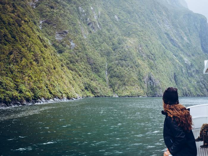 Yvonne am Milford Sound