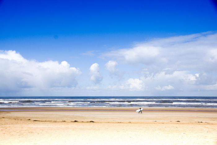 Holland im Frühling - Surfer in Sicht