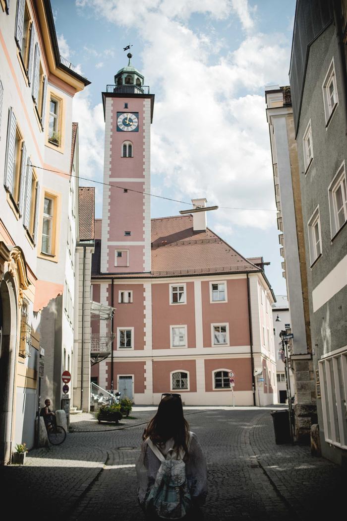 Christine Neder rosa Kirche