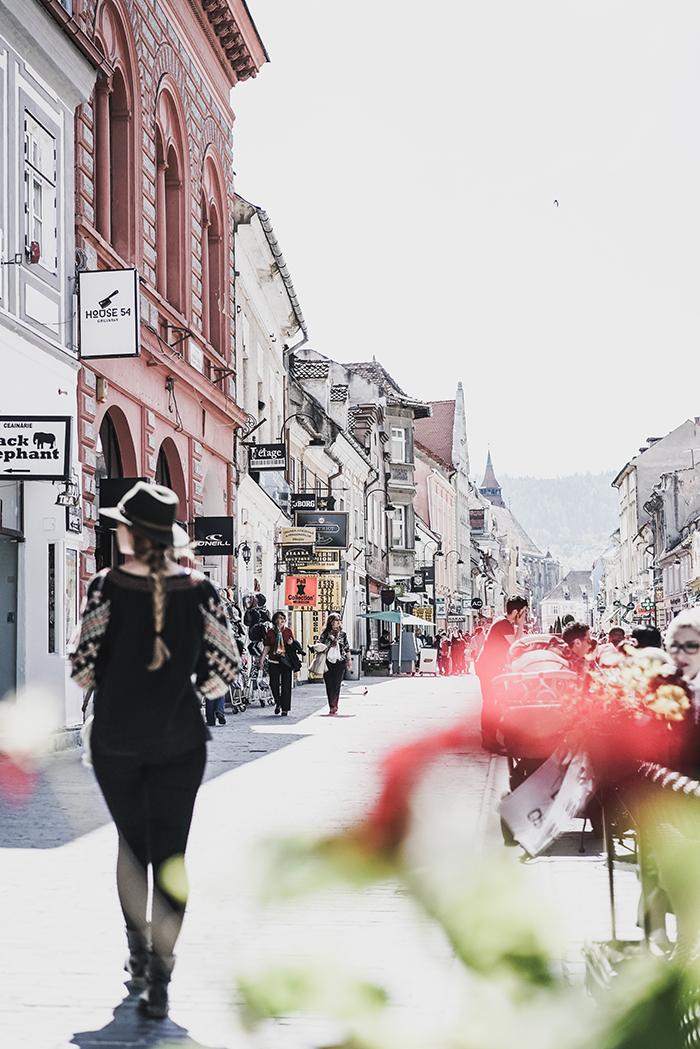 Fussgaengerzone in Kronstadt