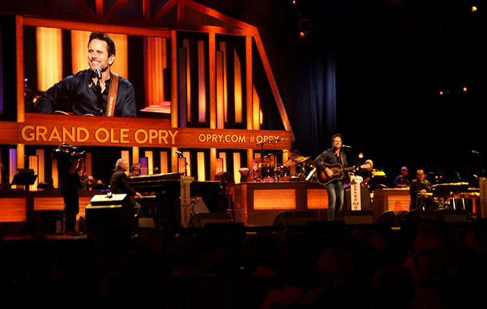 Charles Eston in der Grand Ole Opry in Nashville
