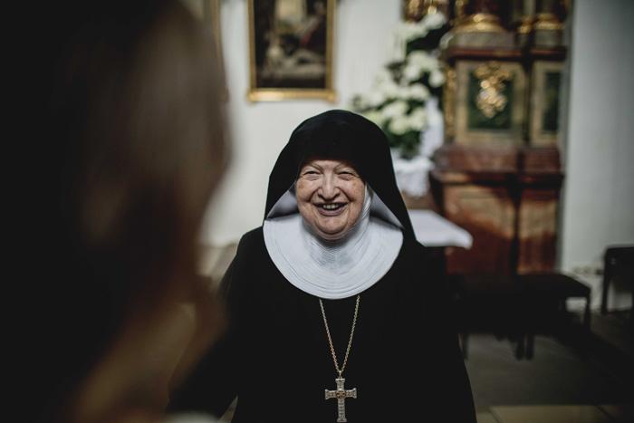 Nonne im Kloster Walburg