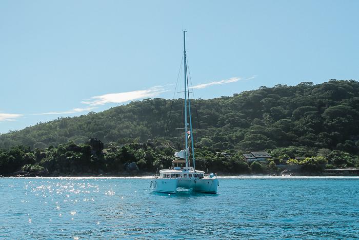 Katamaran auf den Seychellen
