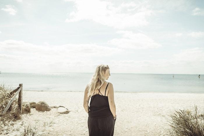 Aussicht genießen am Strand in Pelzerhaken