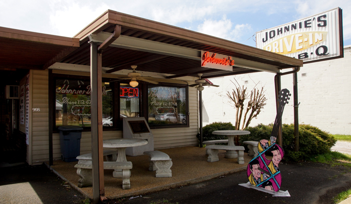 Johnnies Drive In Tupelo
