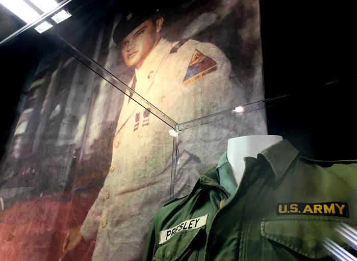 Elvis bei der Army