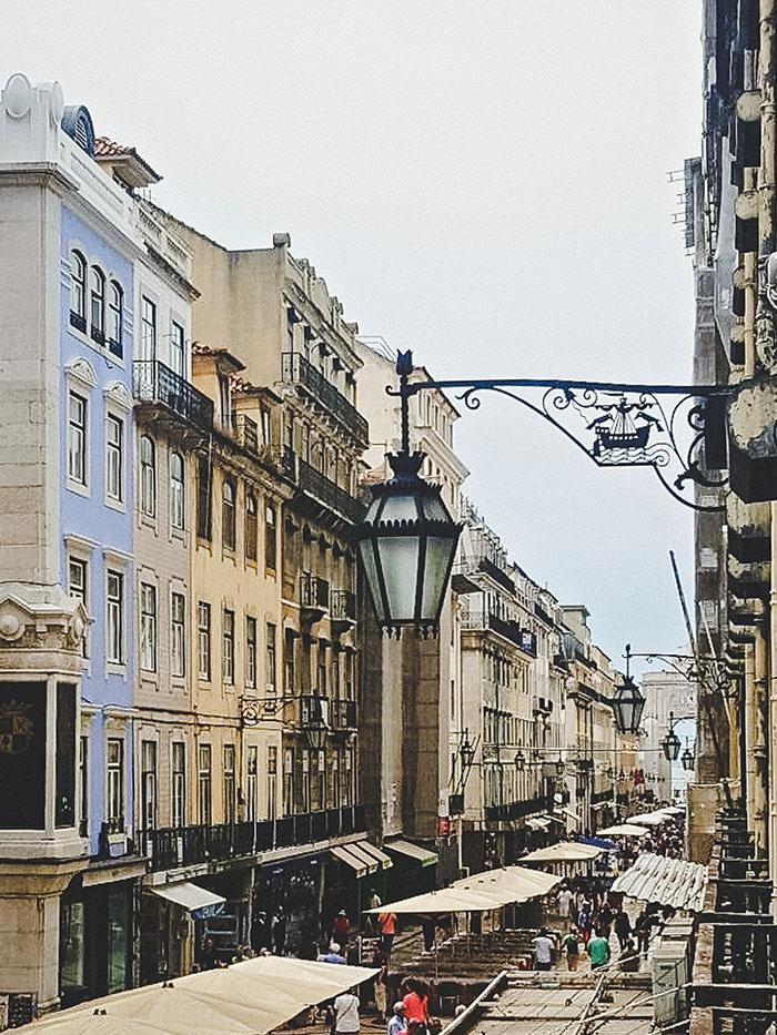Stadtwappen Lissabon Rabe
