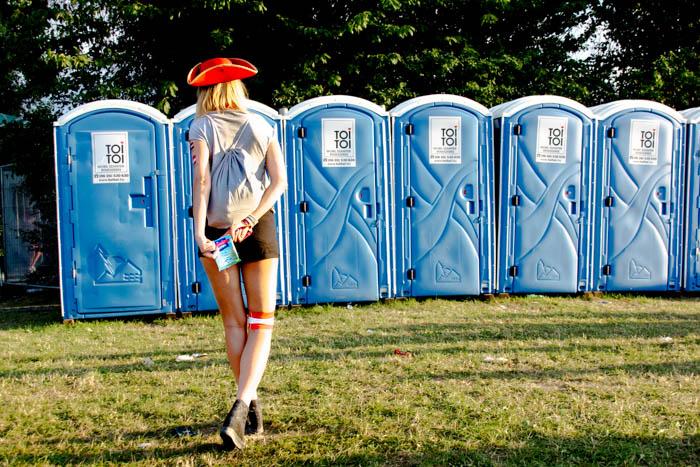 Survival Tipps fürs Festival Klo Toilette