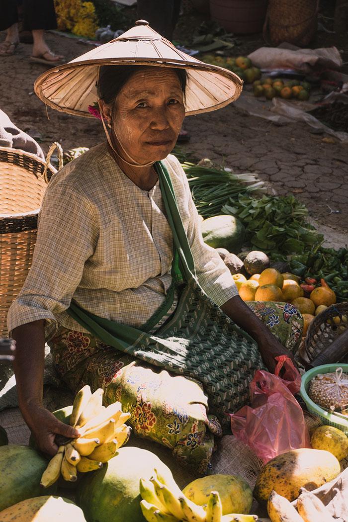Verkauferin Morgenmarkt