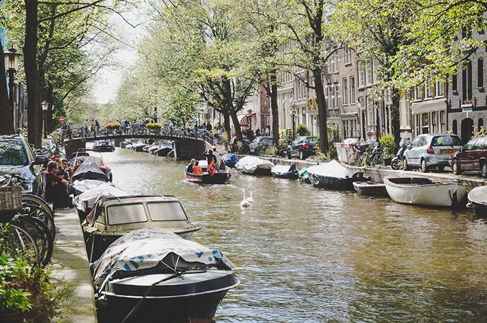 Amsterdam Picknick Gracht