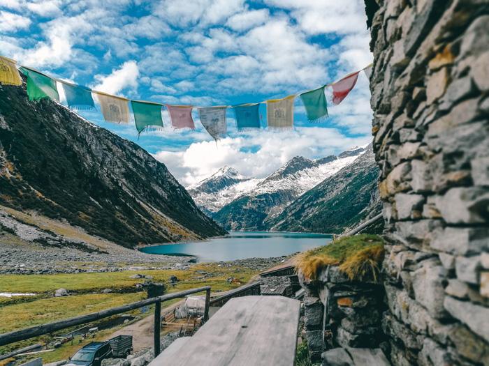 Alm in Klein Tibet