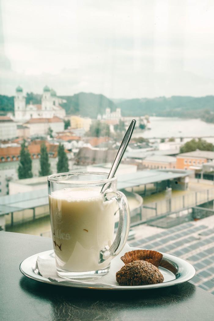Kaffee mit Aussicht in Passau