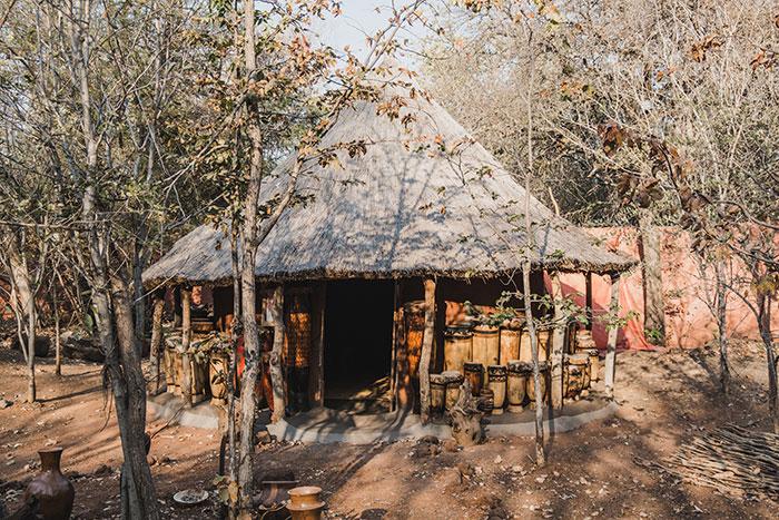 Traditionelle Hütte in Sambia