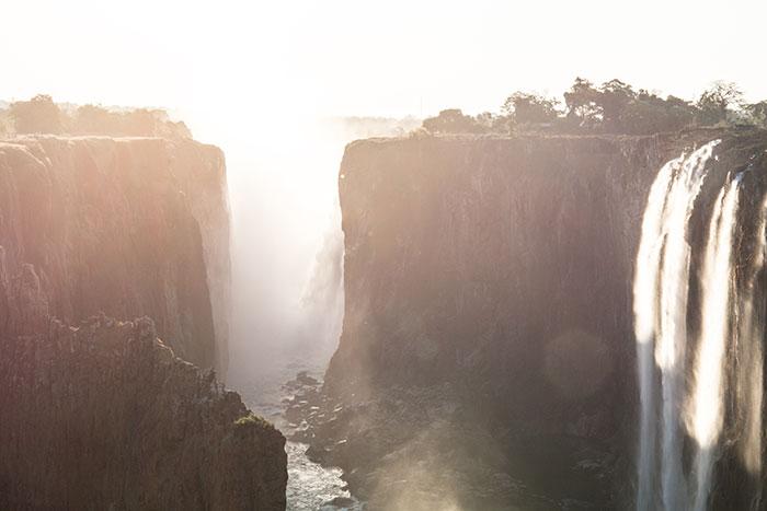 Viktoriafälle Sambia im Abendlicht