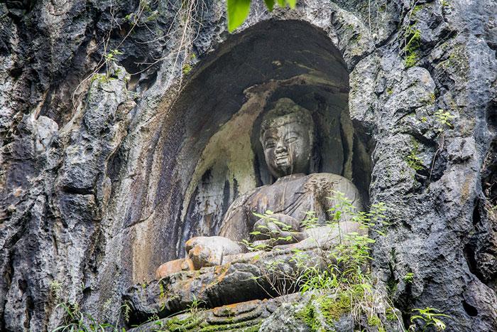 Buddhastatuen Lingyin Tempel Hangzhou