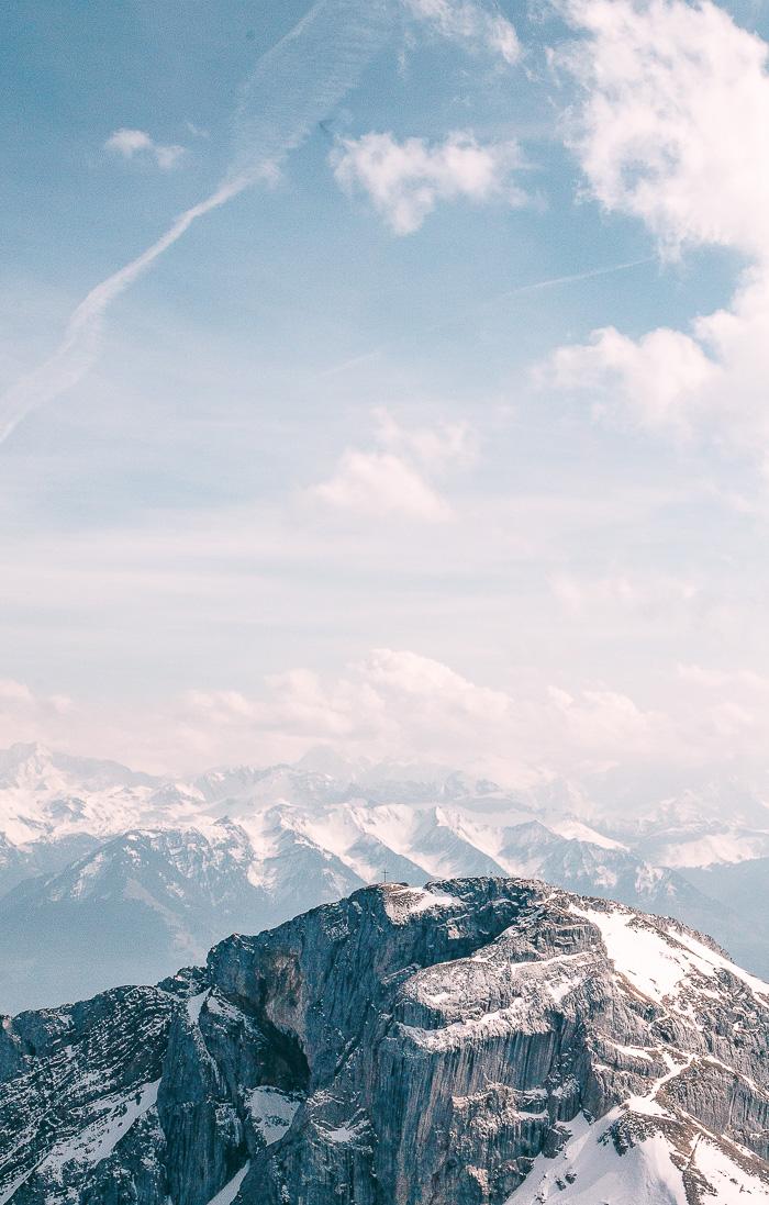 Der Berggipfel Pilatus Kulm